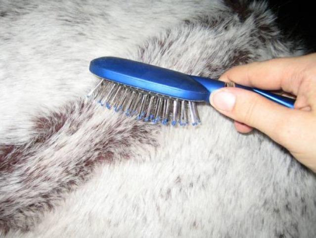 Как ухаживать за меховой шапкой
